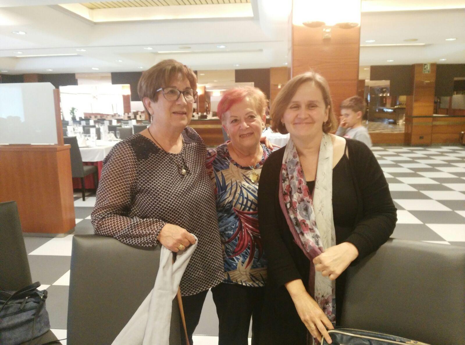 Junta Directiva. Dolores Tomás  , Mari Cruz Rodriguez y María Sierra.